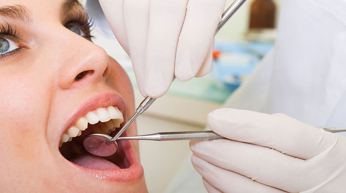 10 Dental Issues you must know about and what can lead to